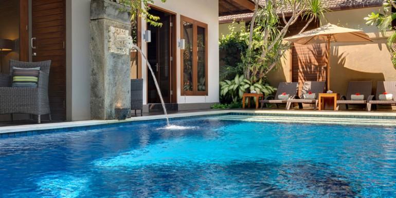 LKI-The-pool