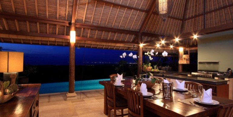 ba-villa-dining2-gl