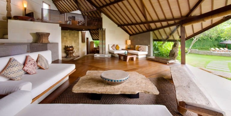 Bali-Bali-One-–-Living-space-and-mezzanine-floor
