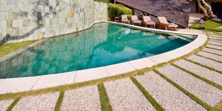 Bali-Bali-Two-–-Alternative-view-of-pool-and-deck
