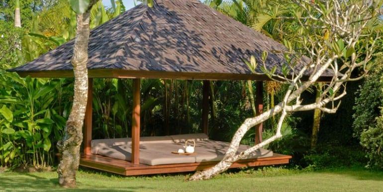 Bali-Bali-Two-–-Garden-bale