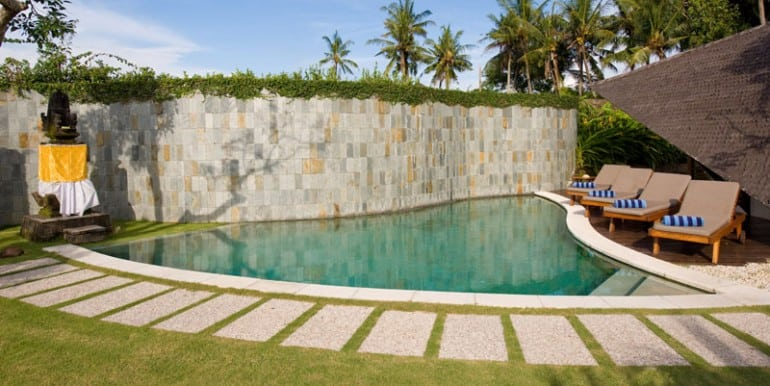 Bali-Bali-Two-–-Pool-and-deck