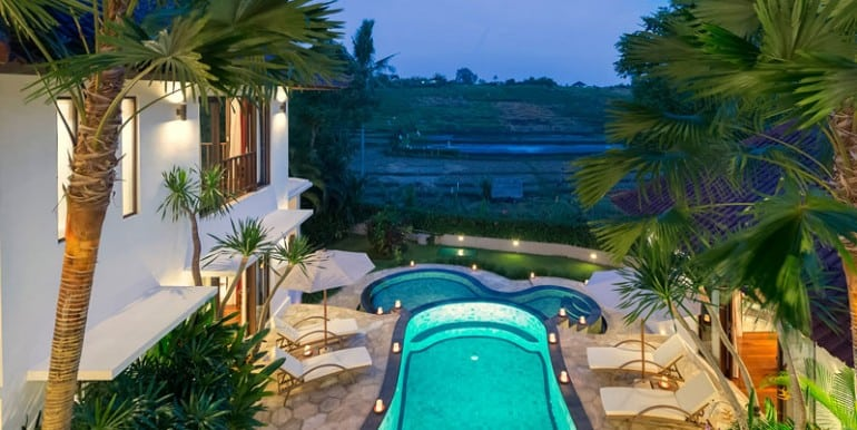 Villa-Ar-Pool-and-ricefield-view-at-night