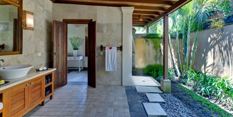 Villa-ASB-Guest-bathroom-3