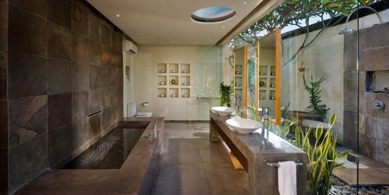 Villa-BEL-bangkat-suite-bathroom