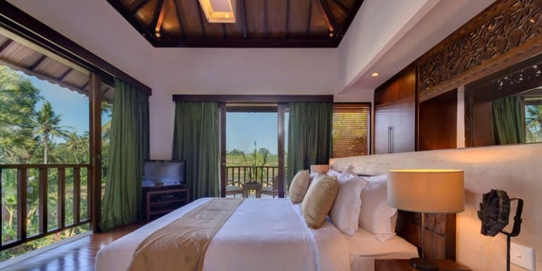 Villa-Da-Guest-bedroom-one