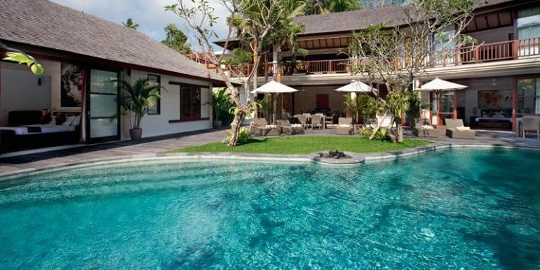 Villa--The-villa
