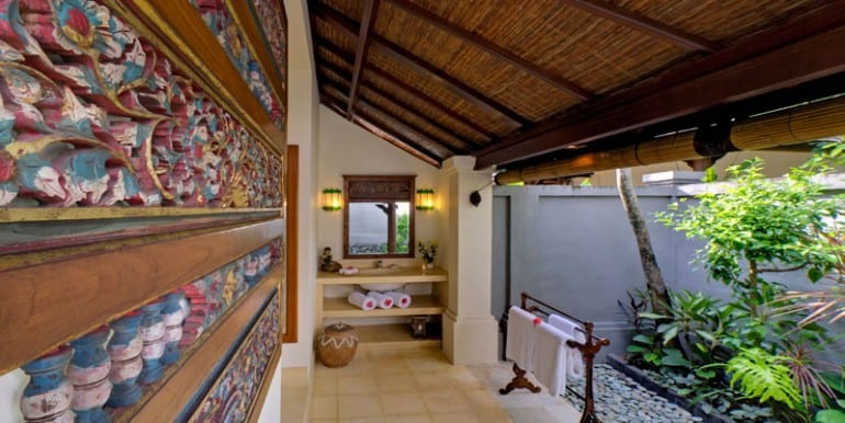 Villa-KE-Guest-bathroom-2