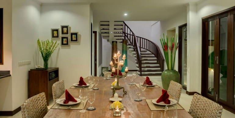 Villa-Pe-Dining