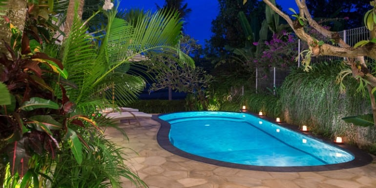Villa-Pe-Pool-view-at-night