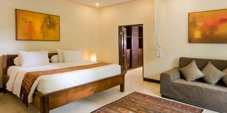 14-06-Bedroom-770x386